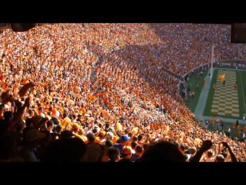 I love it that you can understand what all 20,000 people are singing. Rocky Top!