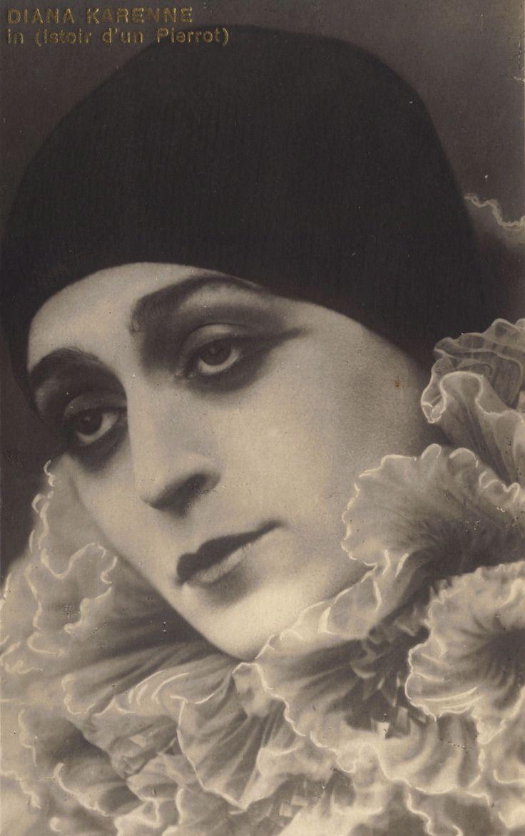 Diane Karenne as Pierrot