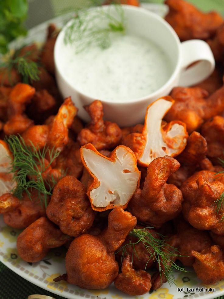 Smaczna Pyza:  Kalafior smażony w cieście pomidorowym
