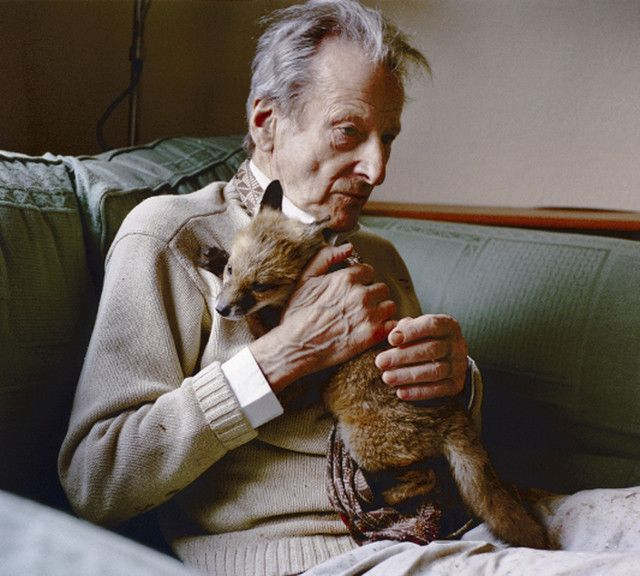 Lucien Freud and friend, photographed by David Dawson.
