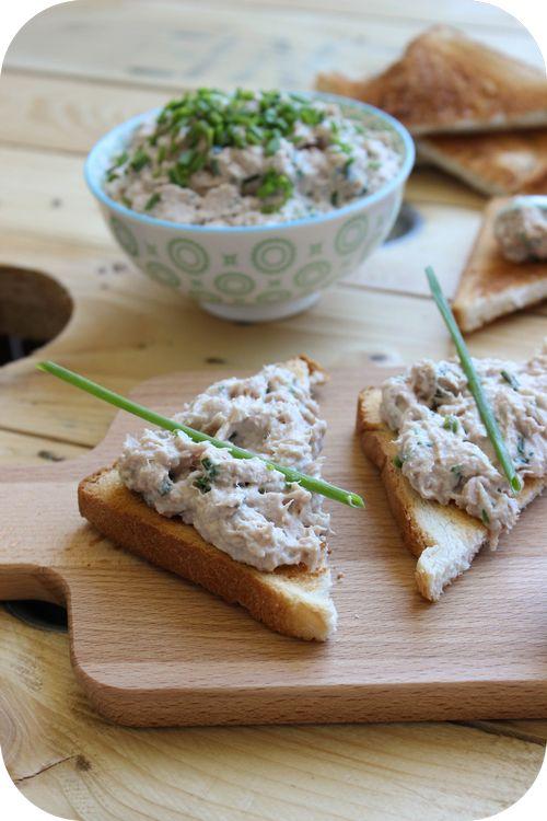 Rillettes de thon au fromage frais & à la ciboulette.