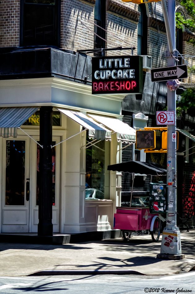 oh i just love the vibe of this bakeshop... Scenes from a City | Karen Johnson - A Photographic Life