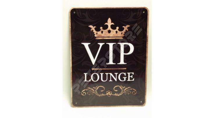 Retró Fém Tábla - VIP Lounge - VIP Társalgó, Tárgyaló Dombornyomott - 15x20 cm - PeterStore Webáruház - Exkluzív Ajándékok És Szobrok, Egyedi Különleges Dísztárgyak, Kerti Díszek