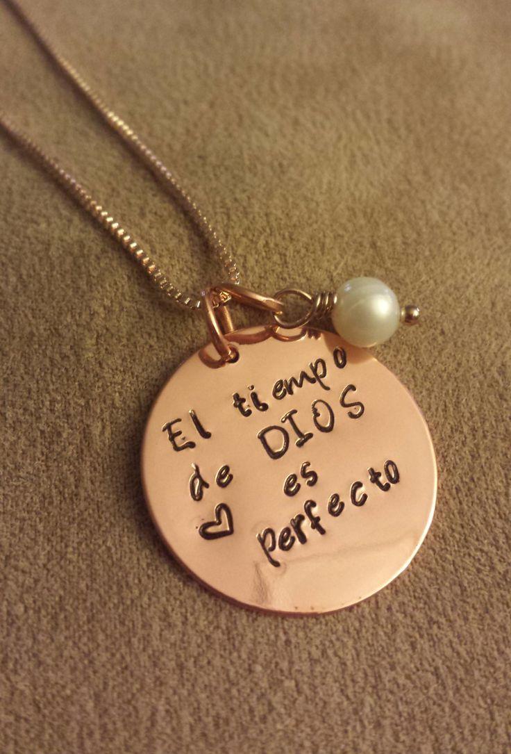 El tiempo de Dios es perfecto Necklace, Inspirational, Support, Hope, Esperanza, Inspiración, Message, anytime Gift by PrettyGioielli on Etsy