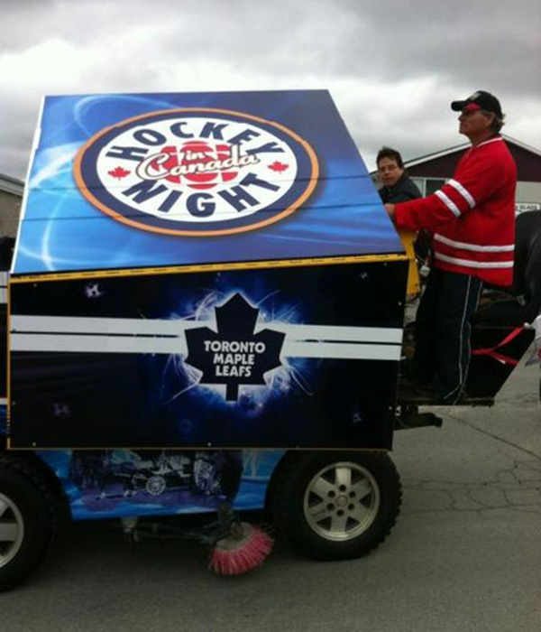 Keeping the Kraft Hockeyville parade route clear.