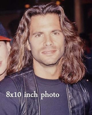 LORENZO-LAMAS-LONG-HAIR-close-up-color-candid-Celebrity-photo-187