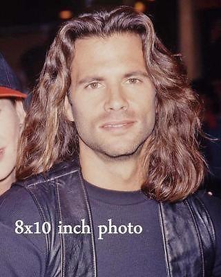 LORENZO-LAMAS-LONG-HAIR-close-up-color-candid-Celebrity-photo-187