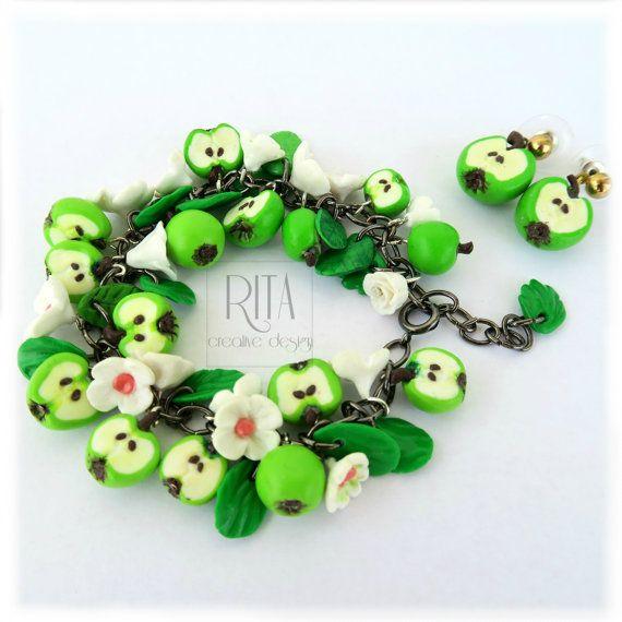 Set jewelry earrings and bracelet.