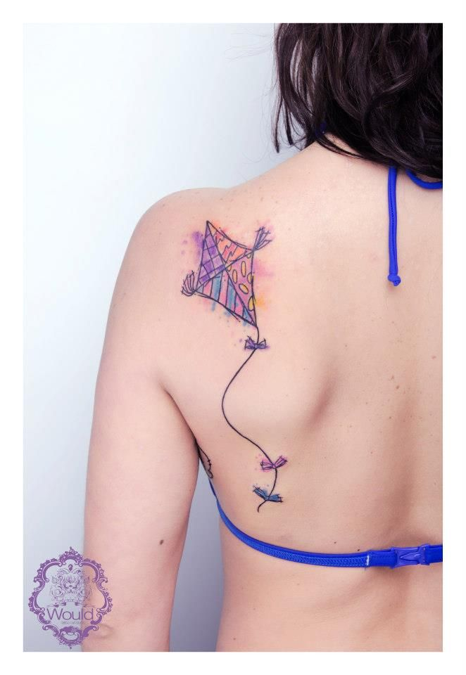 Kite tattoo - so awesome! Link: https://www.facebook.com/photo.php?fbid=598717690153615=pb.271778539514200.-2207520000.1369130504.=3