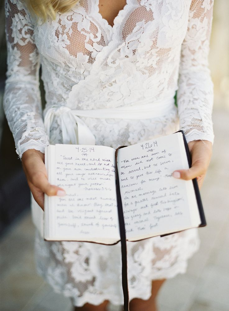 There's nothing more heartwarming than 365 handwritten letters for your soulmate!