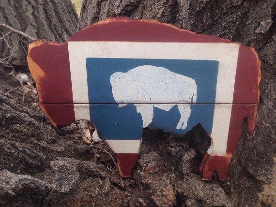 Hand Cut Buffalo Painted in the Style of the Wyoming Flag, Wyoming Home Decor , Hand Cut Cedar Buffalo, Wyoming Pride Sign Rustic barn wood
