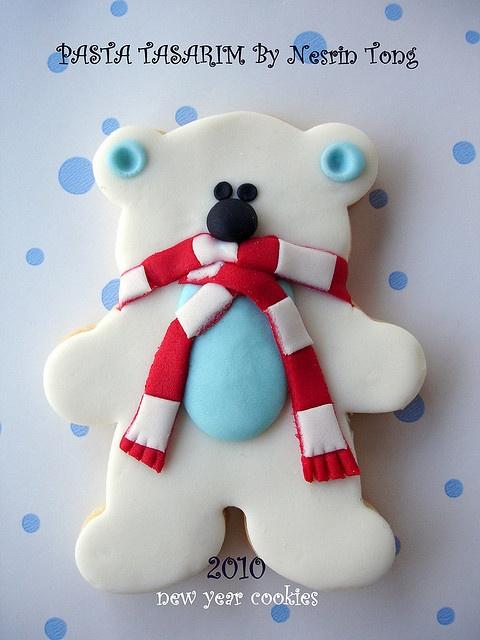 Polar bear cookie - too cute!