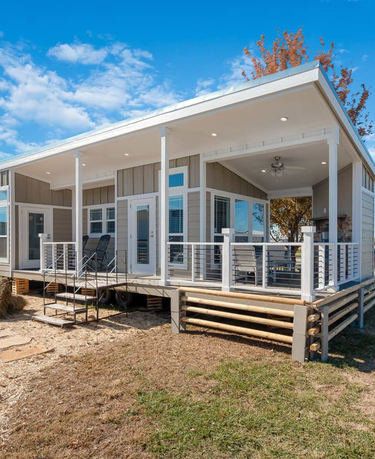Park Model Homes Champion 520 Tiny House For Sale In