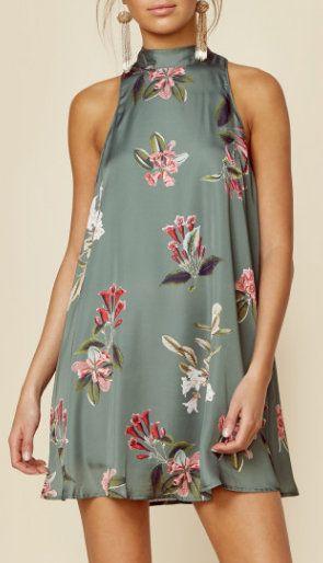 V-Right Back Mini Dress