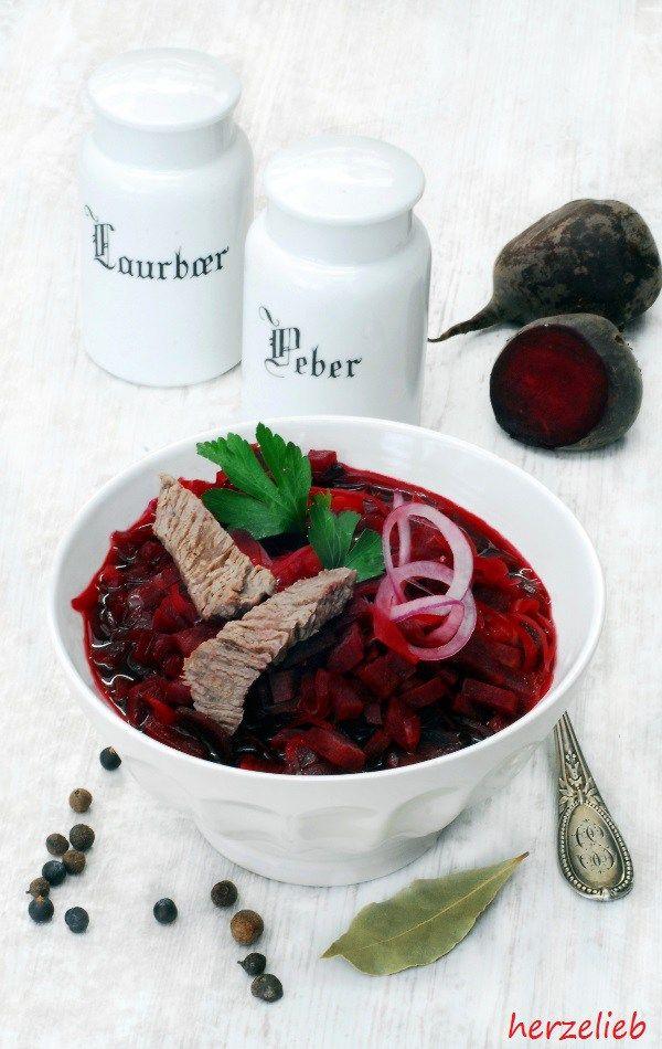 Ein Rezept für Borschtsch von mir - ich liebe Rote Bete und diese Suppe ist mein persönlicher Schlankmacher herzelieb