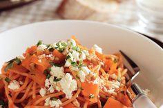 Herfstige pompoen met hazelnoot samen in een pasta, smullen maar! - Recept - Allerhande