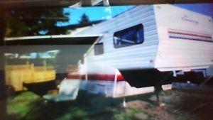 5 th wheel camper