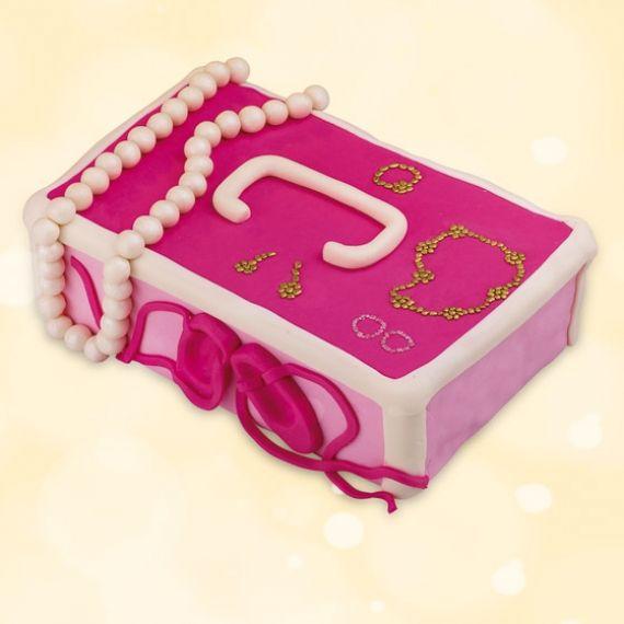 Tort Szkatułka