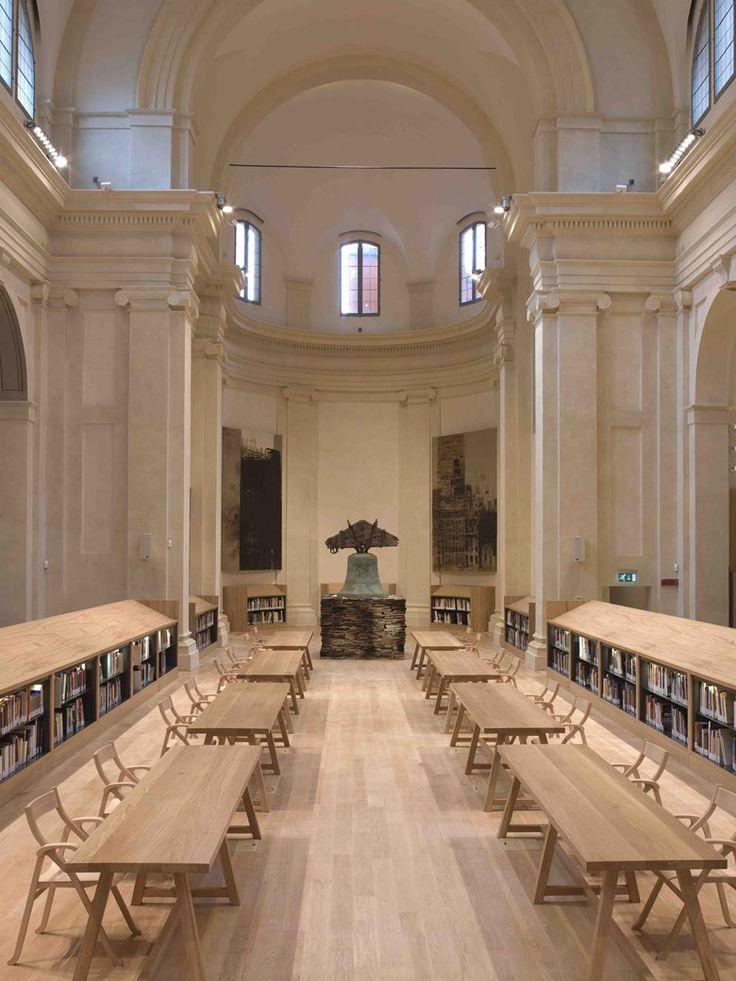 The Carisbo Foundation Library in the church of S.Giorgio in Poggiale of Bologna, Bologna, 2009 -  PROGETTO E DIREZIONE DEI LAVORI di restauro: arch. Francisco Giordano