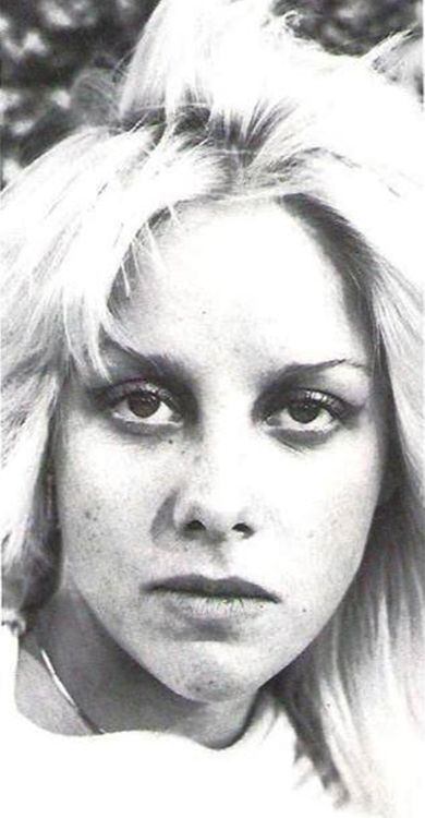 235 best images about cherie currie on pinterest foxes