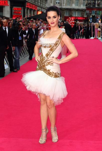 Rihanna, Lady Gaga and Kristen Stewart Top Forbes' Highest-Paid Celebrities Under 30 | Conversation: ƘᗩУ Ƥǝяяу