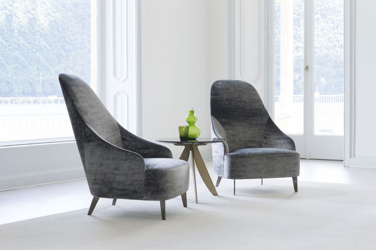 Stately, modern and welcoming, Vanessa has personality, and like all of our products, is handmade in the Berto Fine Upholstery Laboratory in Meda, Italy.