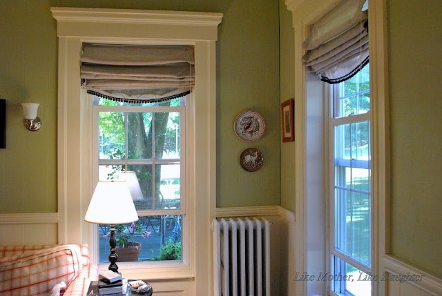 Like Mother, Like Daughter: DIY Roman Shades: My Tweak: Big, Cheap, Sturdy. Dude. Appropriate window covers for deep recessed windows, and hella cheap? Now to find my inner DIY goddess.