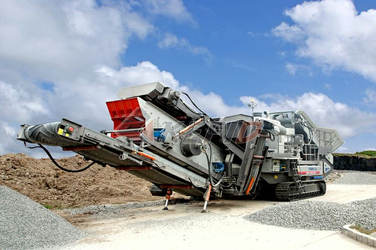 Crawler Mobile Crusher http://www.mills-crusher.com/crawler-mobile-crusher/