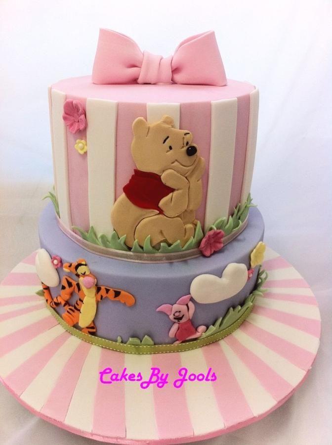 Baby Shower Winnie Cake