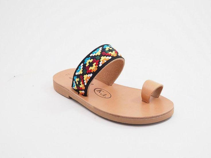 Kinder++Leder+Schuhe+(+Sandalen+)+aus+Kreta+von+BABISART+auf+DaWanda.com