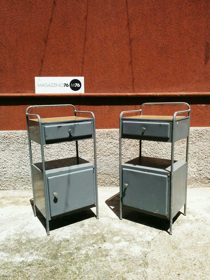 Coppia di comodini industriali Piano in formica ottime conditioni Misure 30x80h #magazzino76 #viapadova #Milano #nolo #viapadova76 #M76 #modernariato #vintage #industrial #design #industrial #industriale #furnituredesign #furniture  #modernfurniture #antik #antiquariato  #armchair #chair #sofa #poltrone #divani #anni70