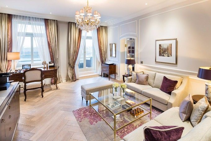 suite_alster | Fairmont Hotel Vier Jahreszeiten – das ultimative Luxus Hotel in Hamburg. See more: http://brabbucontract.com/