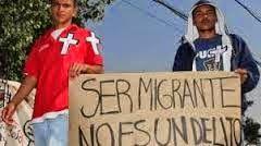 Viacrucis Migrante: varado en Ixtepec ante el bloqueo del Instituto Nacional de Migración y la Policía Federal