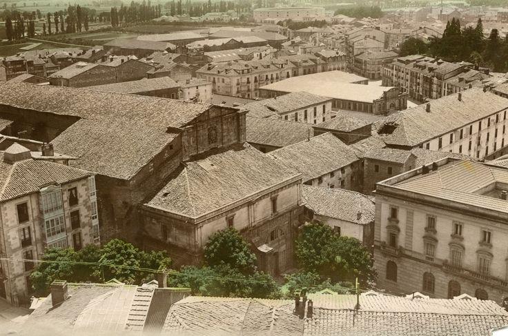 Vista del Convento de San Francisco y de los Cuarteles de Caballería de Alfonso XIII. Año 1920