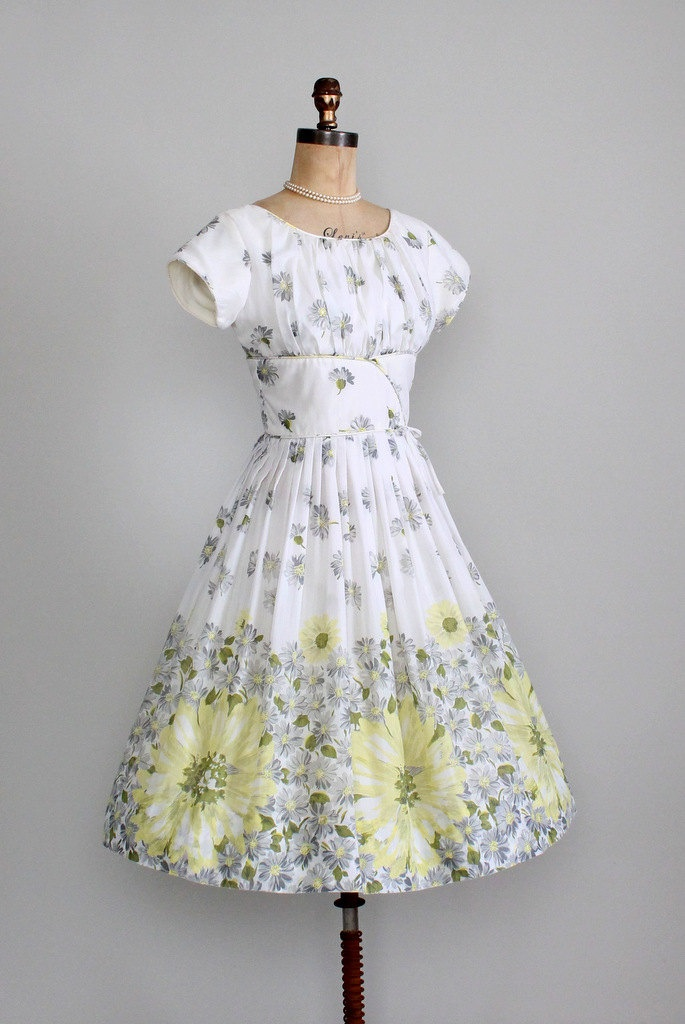 Vintage 1960s dress 50s 60s floral daisies garden party for Garden party dresses