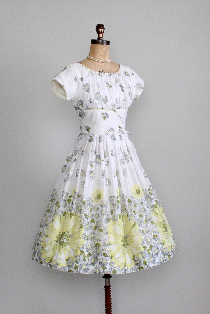 1000  ideas about Garden Party Dresses on Pinterest - Floral gown ...