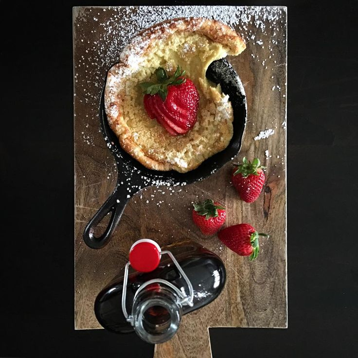 A 'baby' Dutch Baby with fresh strawberries and maple syrup. Great start to this Sunday morning. Hope you all enjoy your day! @zimmysnook