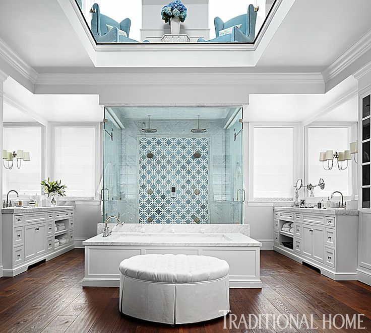 A marble-capped tub and a huge shower are the stars of the show in this spacious bathroom. - Photo: Werner Straube / Design: Lonni Paul