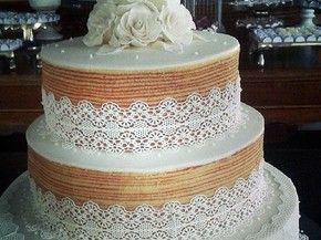 Bolo de rolo de noiva já substitui a receita tradicional em alguns casamentos (Foto: Dorinha Bolo de Rolo / Acervo pessoal)