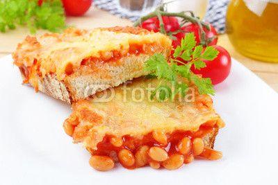 baked beans on toast - Gebackene Bohnen auf Toast