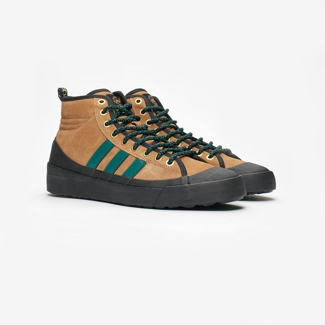 adidas Skateboarding Matchcourt High Rx3 Sneakers i 2019    adidas Skateboarding Matchcourt High Rx3   title=          Sneakers in 2019