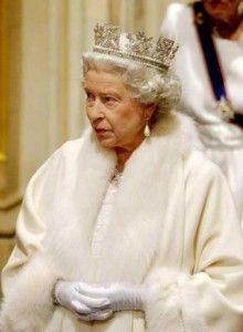 Inglaterra celebra 60 años de reinado de Isabel II