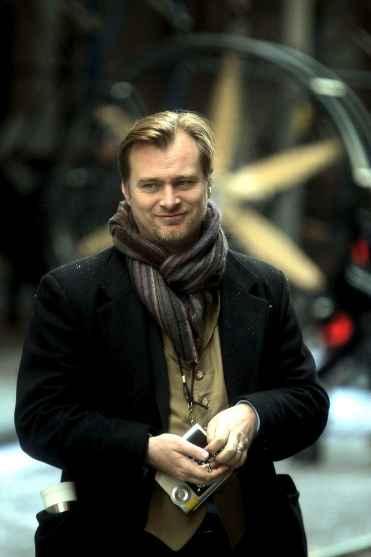 Christopher Nolan (Memento, Inception, etc.) http://www.imdb.com/name/nm0634240/#Writer