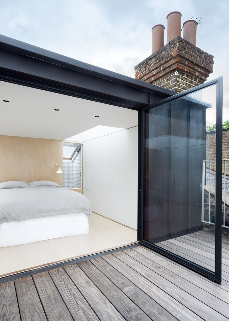 Use a Flushglaze skylight to bring natural daylight into your #bedroom. Design/architect credit: Azman Architects Photography: © Ben Blossom