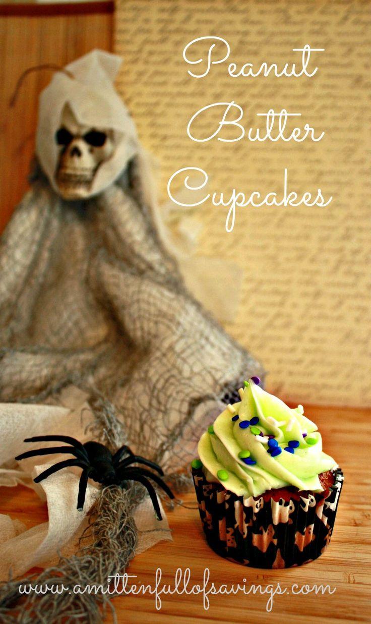 Easy Peanut Butter Cupcakes Recipe - great fall/Halloween cupcake recipe.