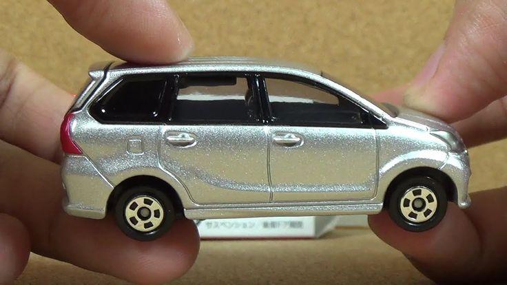 Tomica Toyota Avanza Veloz (Silver Mica Metalic) Die-cast Car