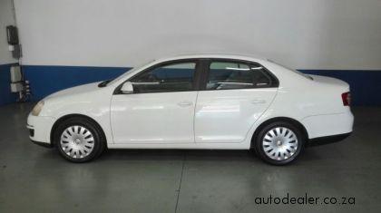 Price And Specification of Volkswagen Jetta 1.6 Trendline For Sale http://ift.tt/2iLRwQ7