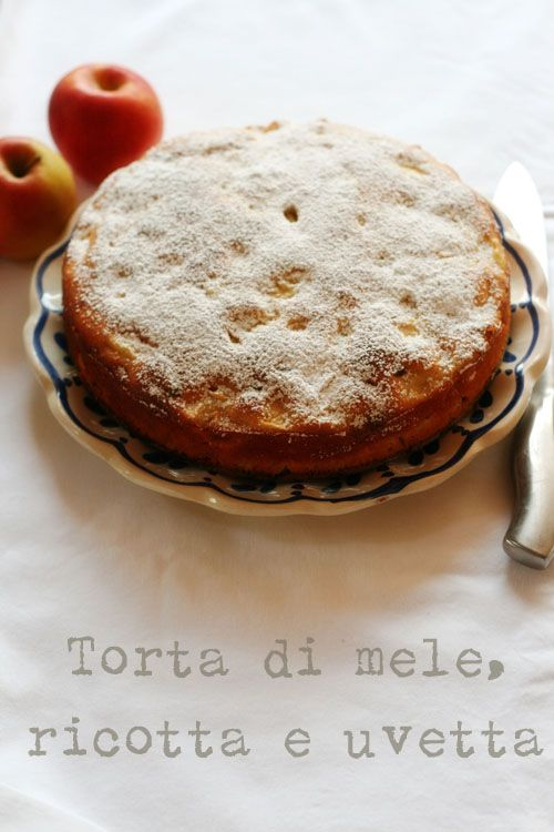 Apple and Ricotta Cake. Blog is in Italian, so just use Google Chrome... ;)