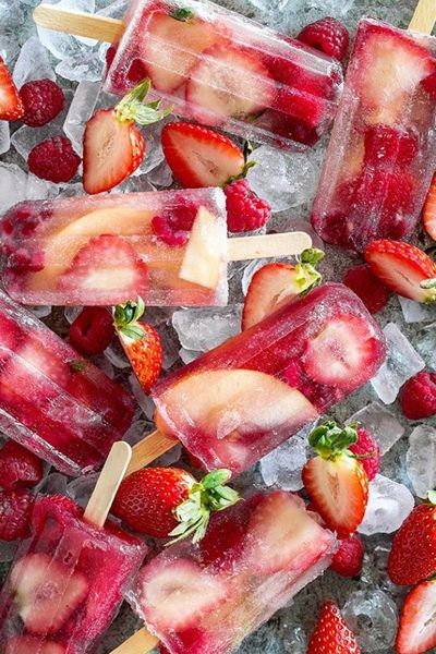 Prosecco Ice Lollies | Plan Your Perfect Wedding