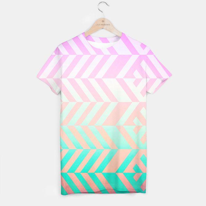 Chevron pattern T-shirt